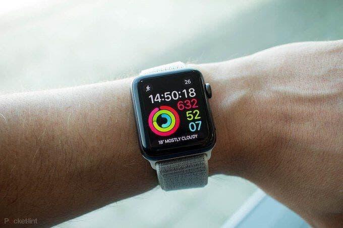 Как зарядить Apple Watch