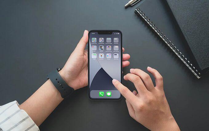 Как создавать папки и организовывать приложения на iPhone