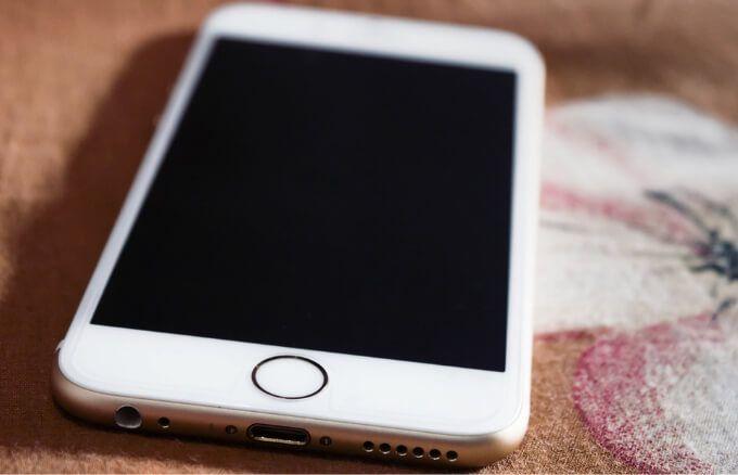 Как исправить проблемы с черным экраном iPhone