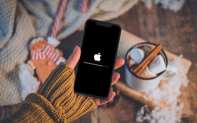Обновления iPhone застряли?  13 способов исправить это