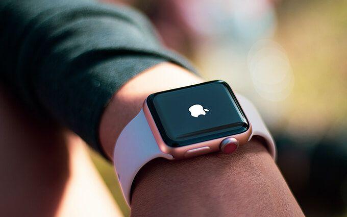 Как исправить застревание Apple Watch на логотипе Apple