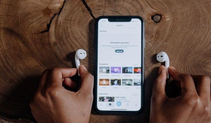 Как подключить два AirPods или наушники Beats к одному iPhone или iPad и поделиться аудио