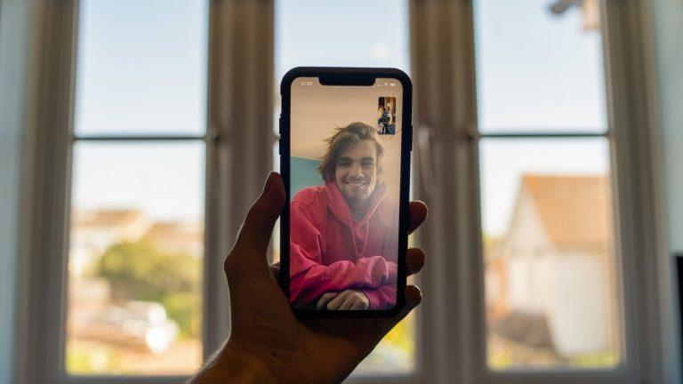 Как использовать фильтры и эффекты FaceTime на iPhone
